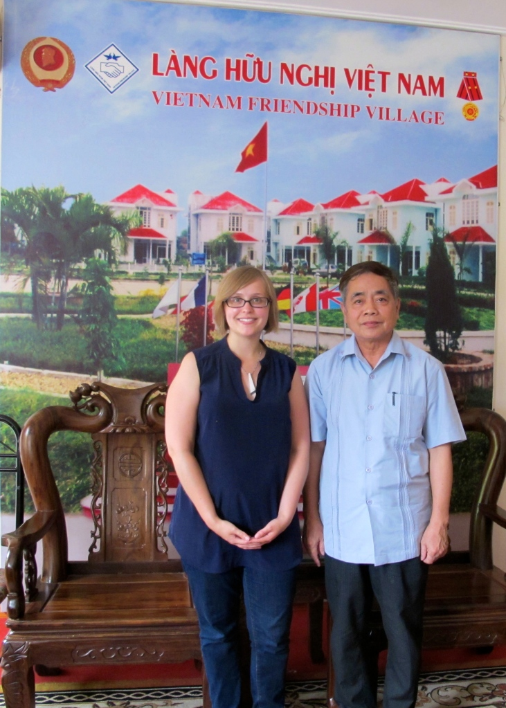 Nissa and Friendship Village Director Dang Vu Dung